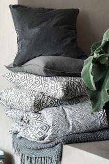 Бархатный чехол для подушки H&M