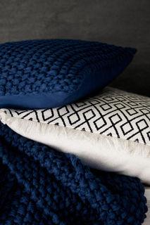 Чехол на подушку с бахромой H&M