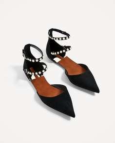 Черные туфли с декоративными деталями Zara