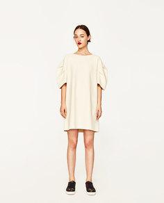 Платье с короткими рукавами фонариком Zara