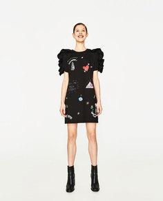 Платье с воланами и нашивками Zara