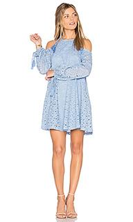 Кружевное платье с открытыми плечами - J.O.A.