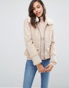 Куртка из искусственной овчины Miss Selfridge - Розовый