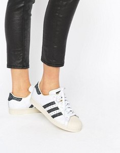 Черно-белые кроссовки с принтом adidas Originals Superstar Unisex - Белый 4880b1719df
