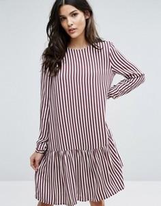 Платье в полоску с заниженной талией Selected Femme - Мульти