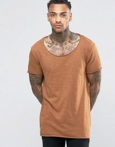 Длинная футболка из фактурного меланжа с овальным вырезом и краем ASOS - Коричневый