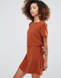 Однотонное цельнокройное платье Glamorous - Рыжий