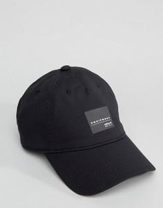Черная кепка adidas Originals Equipment BJ9767 - Черный
