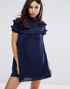 Платье с высоким воротом и двойными оборками Fashion Union - Темно-синий