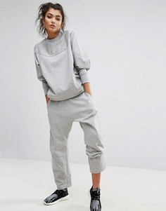 Серые спортивные штаны adidas XByO - Серый