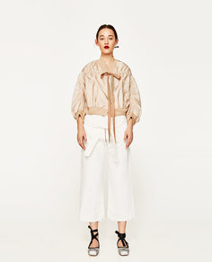 Укороченная куртка-бомбер с объемными рукавами studio Zara