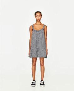 Короткое платье в клетку виши Zara