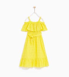 Платье с вышивкой и воланами Zara