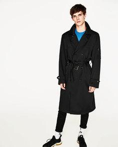 Тренч в стиле oversize из высокотехнологичной ткани Zara