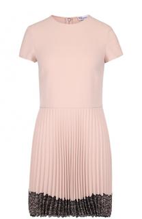 Мини-платье с плиссированной юбкой и контрастной кружевной отделкой REDVALENTINO