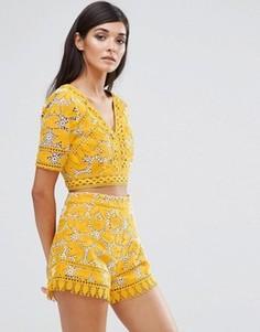 47b1c22bab4 Женские блузки с квадратным вырезом – купить блузку в интернет ...