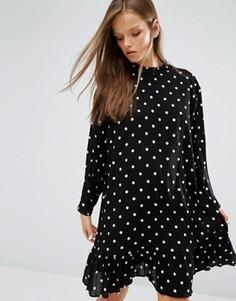 Платье в горошек с заниженной талией и присборенной юбкой STYLENANDA - Черный