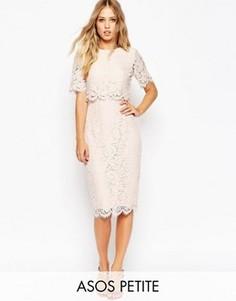 Кружевное платье‑футляр миди с укороченным топом ASOS PETITE - Розовый