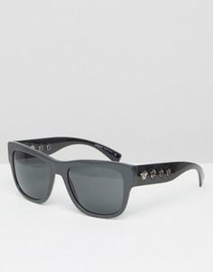 Солнцезащитные очки в квадратной оправе с заклепками по бокам Versace - Серый