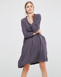 Свободное платье Just Female Lola - Серый