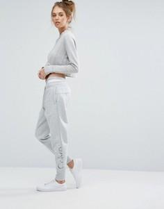 Спортивные штаны с логотипом Calvin Klein Jeans - Серый
