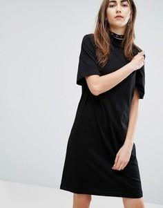 Свободное платье с высоким воротом Cheap Monday - Черный