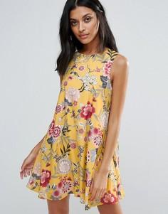 Цельнокройное платье с цветочным принтом Girls On Film - Мульти