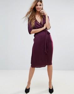 Атласное платье миди с запахом Neon Rose - Красный