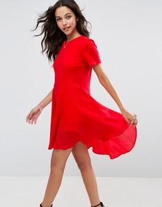 Короткое приталенное платье-футболка с тканым хлопковым краем ASOS - Красный
