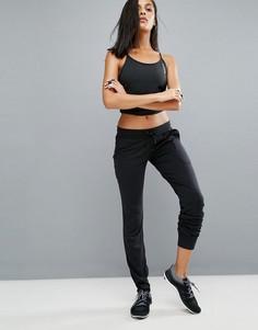 Свободные спортивные штаны Reebok - Черный