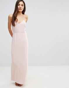 Платье макси на бретельках с кружевной спинкой и удлиненным сзади подолом Elise Ryan - Розовый