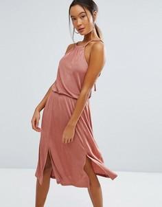 Платье-халтер миди с разрезами ASOS - Розовый
