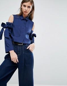 Укороченная куртка с бантиками и вырезами на плечах ASOS - Темно-синий