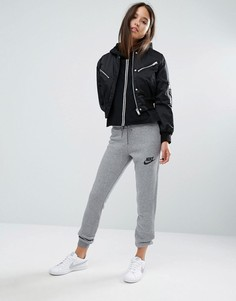 Спортивные штаны зауженного кроя Nike Rally - Серый