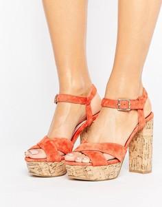 Босоножки на каблуке и платформе Faith Leela - Оранжевый