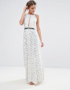 Платье макси с принтом и люверсами True Decadence - Мульти