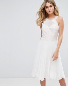 Платье плиссе с кружевным лифом Elise Ryan - Белый