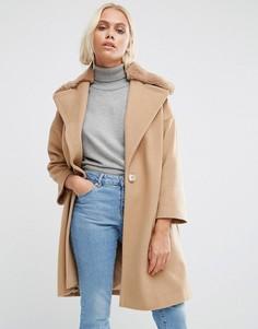 Бежевое пальто с меховым воротником Helene Berman - Бежевый