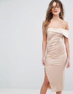 Атласное платье миди на одно плечо Lavish Alice - Коричневый
