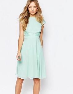 Короткое приталенное платье с кружевными вставками Elise Ryan - Зеленый