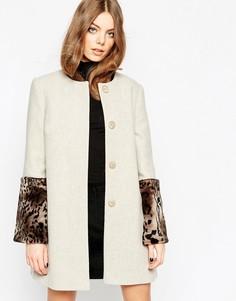 Пальто с манжетами из искусственного меха Helene Berman Oyster - Кремовый