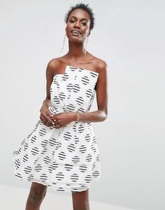 Платье-бандо мини в горошек для выпускного ASOS - Мульти