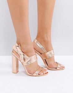 Босоножки на каблуке с бантиками Missguided - Розовый