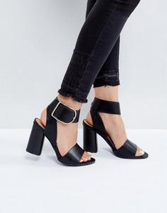 Босоножки на блочном каблуке с пряжками Boohoo - Черный