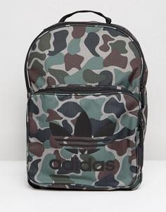Классический рюкзак с камуфляжным принтом Adidas Originals - Зеленый