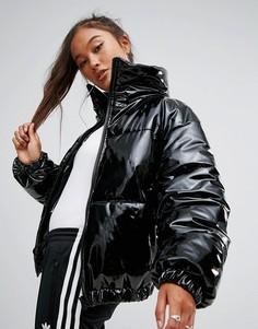 Блестящая лакированная дутая куртка ASOS - Черный