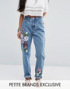 Джинсы бойфренда с цветочным рисунком Glamorous Petite - Синий
