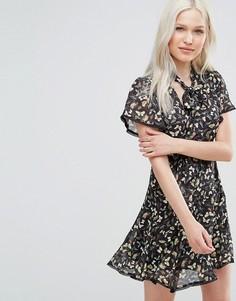 Короткое приталенное платье с чокером Foxiedox Willow - Мульти