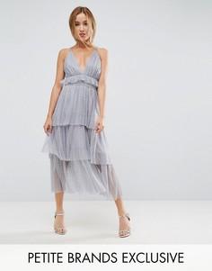 Многослойное платье миди с тонкими бретелькам на спине True Decadence Petite - Серый