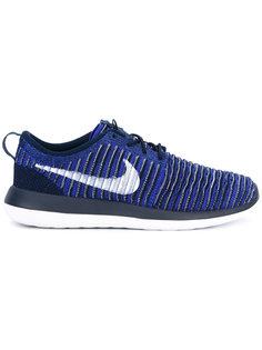 кроссовки в рубчик на шнуровке Nike